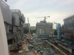 シンガポール 開発ラッシュ 工事現場